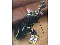 Right hand men's Nike full golf set