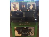 Microsoft Xbox One 500gb + Halo Guardians + Halo Master Chief Collection