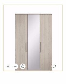 Nice&Solid 3 doors waredrobe
