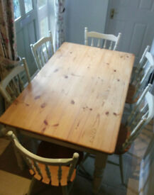 Pine Kitchen Table and Chair set