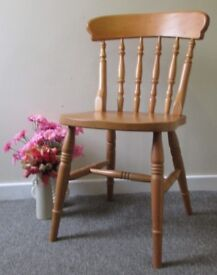 Wooden pine chair reception bedroom dining chair, good condition, FREE DELIVERY WITHIN LE3