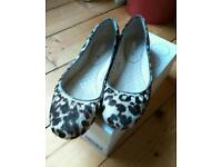 Boden ballerina pumps (flat shoes), snow leopard pattern, size 39 1/2