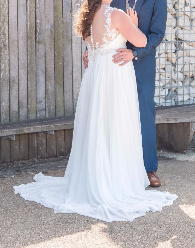 Beautiful Grecian style wedding dress UK size 16 (would fit a 12/14 ...