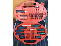 Clarke PRO46 42-Pce Professional Screwdriver Set