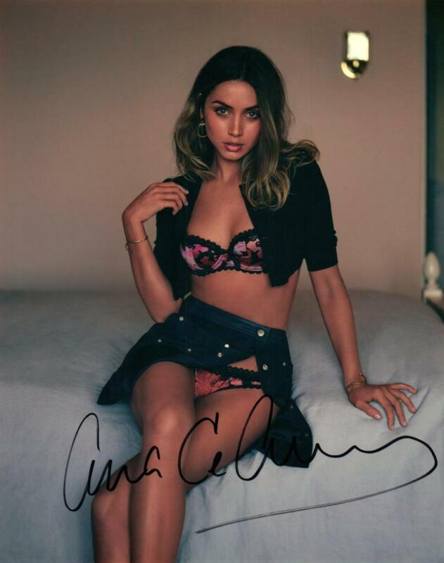 Ana De Armas signed 8x10 Photo with COA autographed Picture very nice