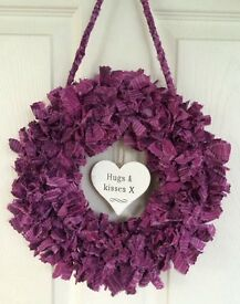 Fabric rag wreaths with hanging heart messages - home decor