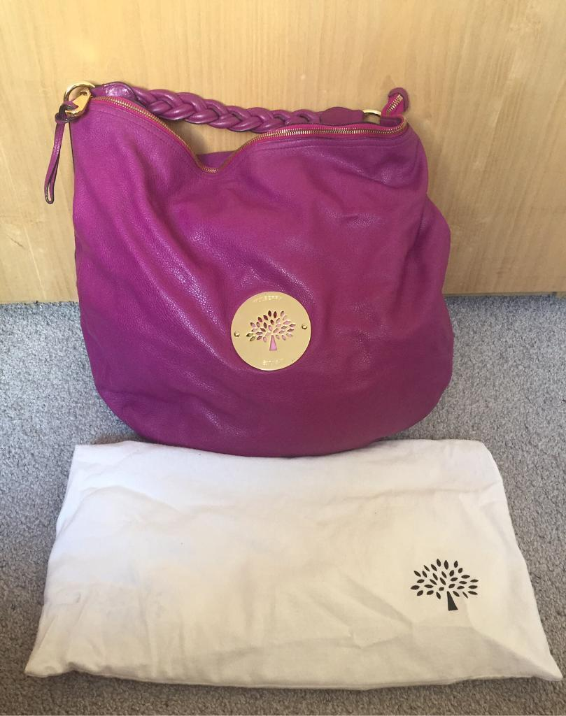 8270a56d29 Mulberry Large Daria Hobo in Cerise