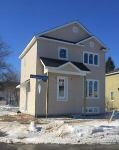 FOR MAY - 3 BEDROOMS IN GATINEAU