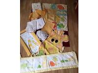 Cot/cot bed nursery set Unisex Giraffe Theme