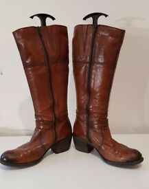 Cowboy style wide calf boots - size 6