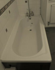 Used Acrylic Bath
