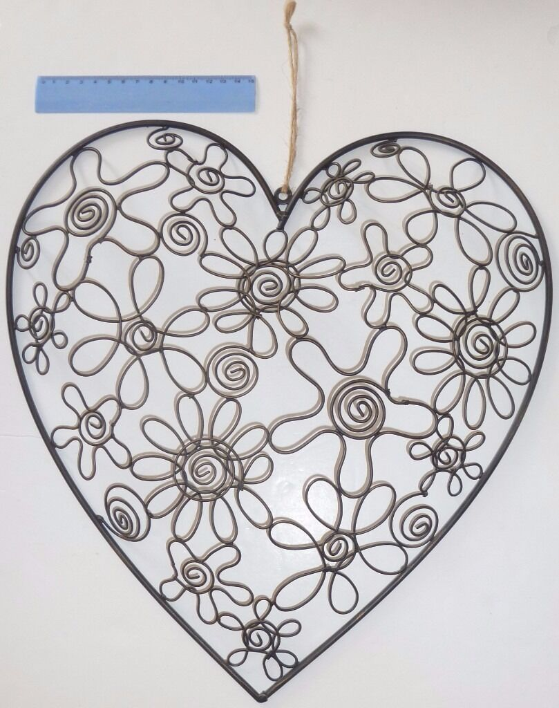Large Metal Heart Flowers Wall Decoration In Southsea Hampshire