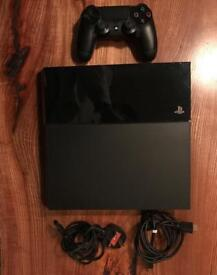 PS4 500GB, 1 Controller and All Wires *Mint Condition*