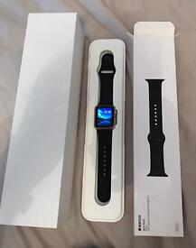 Apple iwatch Immaculate condition GOLD