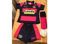 Leeds rhinos kit