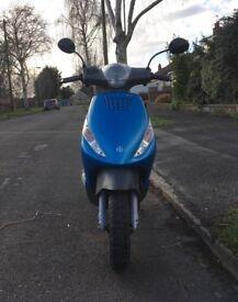 Piaggio Zip 50 moped (blue) 10 Month MOT