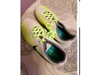 Boys Nike Magista Uk3