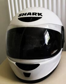 Shark XRS Full face motorcycle helmet white XS in great condition