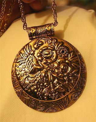 Handsome Large Leafy Etched Raised Flower Open Circle Goldtone Pendant Necklace