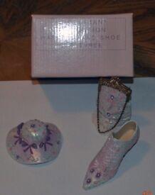"""Victorian Collection"" Pink Shoe, Hat & Bag Set"