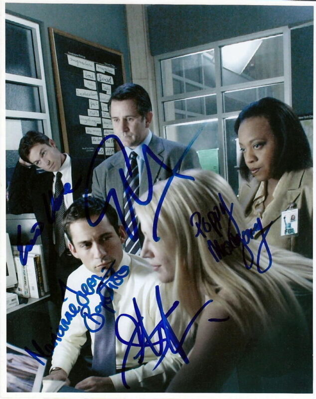 WITHOUT A TRACE.. LaPaglia, Close, Montgomery, Murciano, Jean-Baptiste - SIGNED