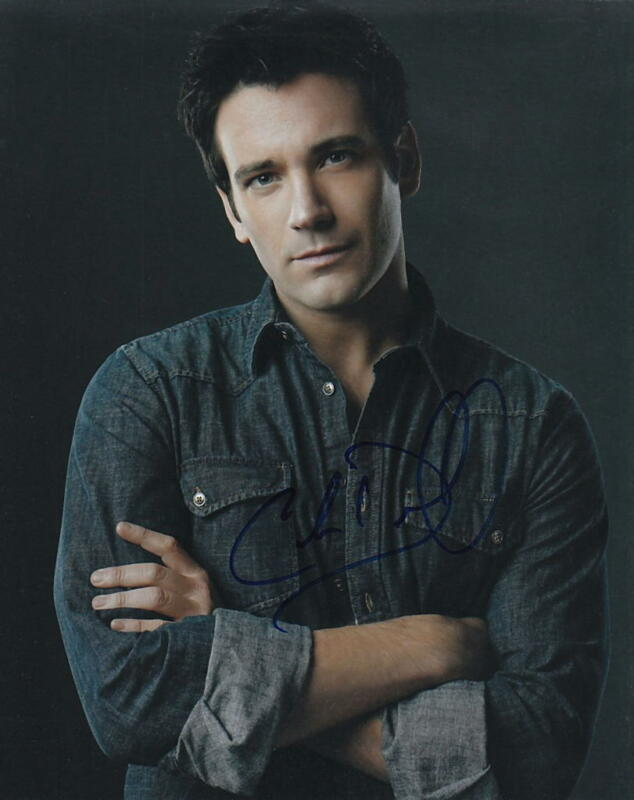 COLIN DONNELL.. Handsome Hunk (Arrow) SIGNED