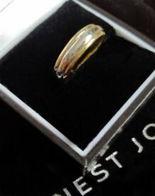 Wedding Ring - 18ct Gold & White Gold