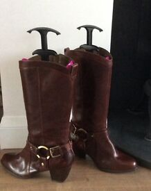 Clarks Leather Dark Brown Boots Unworn,still have labels on