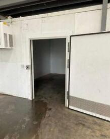Walk in cold room Dimensions 4m x 5m Mono block unit Delivery available £4750