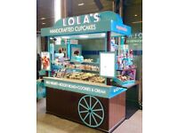 (MAYFAIR) LOLAS CUPCAKES - FULL TIME AND PART TIME STAFF- EXCELLENT TRAINING