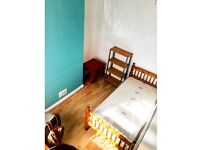 Room available to rent in the University Quarter, Shelton(ST4) Fully Furnished house ALL BILLS INCL.