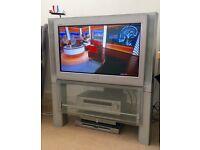 SONY WEGA CRT 32 INCH TV