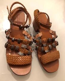 Topshop Tan Vintage Western Sandals
