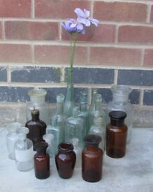 Joblot of vintage bottles chemist medical empty bottles collectors props DELIVERY AVAILABLE TO LE3