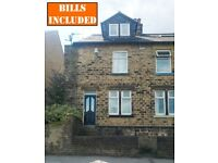Amazing 3 double bed furnished student property close to Uni, hospitals and city centre.