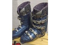 Ski boots UK Size 12.5 Mens Blue