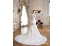 Brand New Designer Lace Wedding Dress By Justin Alexander