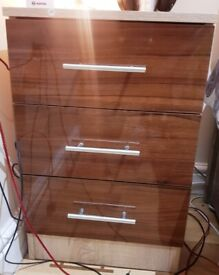 QUICK SALE FOR WARDROBE, 3 PCS OF BEDSIDE DRAWERS & 1 WHITE COMPUTER TABLE & CHAIR
