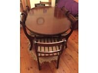 6 Seater Dinning Room Table (extends to fit 8)