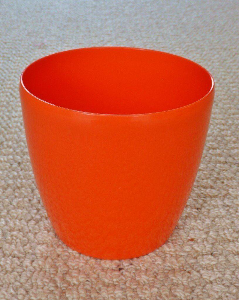 Elho Brussels Diamond Intense Orange Round 14cm 1 4 Litre Plastic Indoor Plant Flower Pot