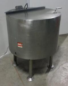 Réservoir simple paroi en acier inoxydable 200 litres usagé *AEVOS*