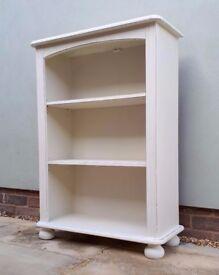 Beautiful Small Cream Shabby Chic Pine Bookcase Shelves