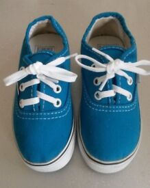 Cute Unisex New VANS Turquoise Blue Canvas Trainers Size UK 3.5 Toddlers