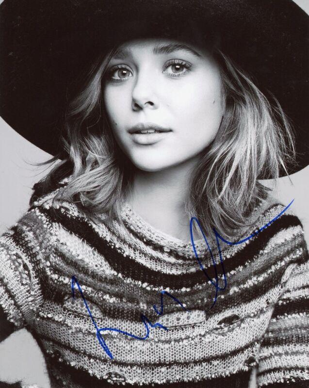 Elizabeth Olsen AUTOGRAPH Signed 8x10 Photo E