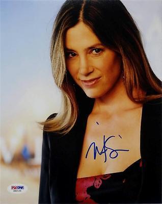 Mira Sorvino Signed 8X10 Photo Psa Dna X82126 Auto Autograph