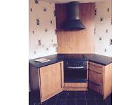 Kitchen units for sale. Reduced price- £120 need gone
