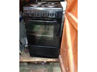 Electric cooker £85 contact 07563770310