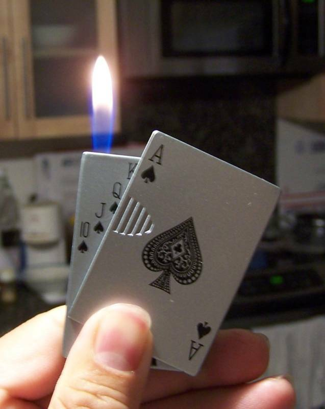 Ace of Spades Sliding Card Lighter Butane Flame Casino