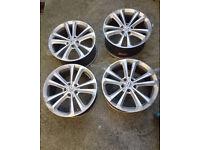 VW Golf MK5 Aftermarket Alloy Wheels x 4 (1 damaged, please see pics)