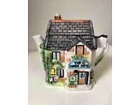 Vintage Collectable THE KINGS ARMS Hand Painted Ceramic House Teapot